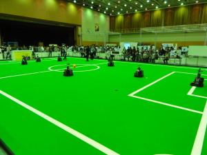 自分で考えて行動するサッカーロボット